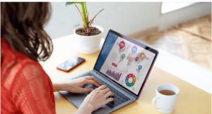 顧客体験の解説 | パソコン |「富士通のノートパソコン」から学ぶ店頭での情報提供施策事例